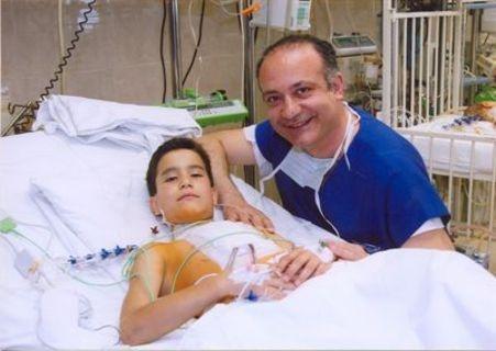 amyntika.gr : auxentios kalagkos 1 Ο γιατρός που σώζει δωρεάν τις καρδιές χιλιάδων.. παιδιών