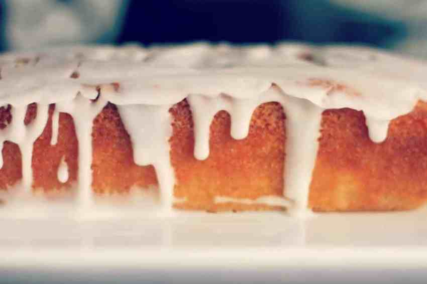 Perfect lemon drizzle cake