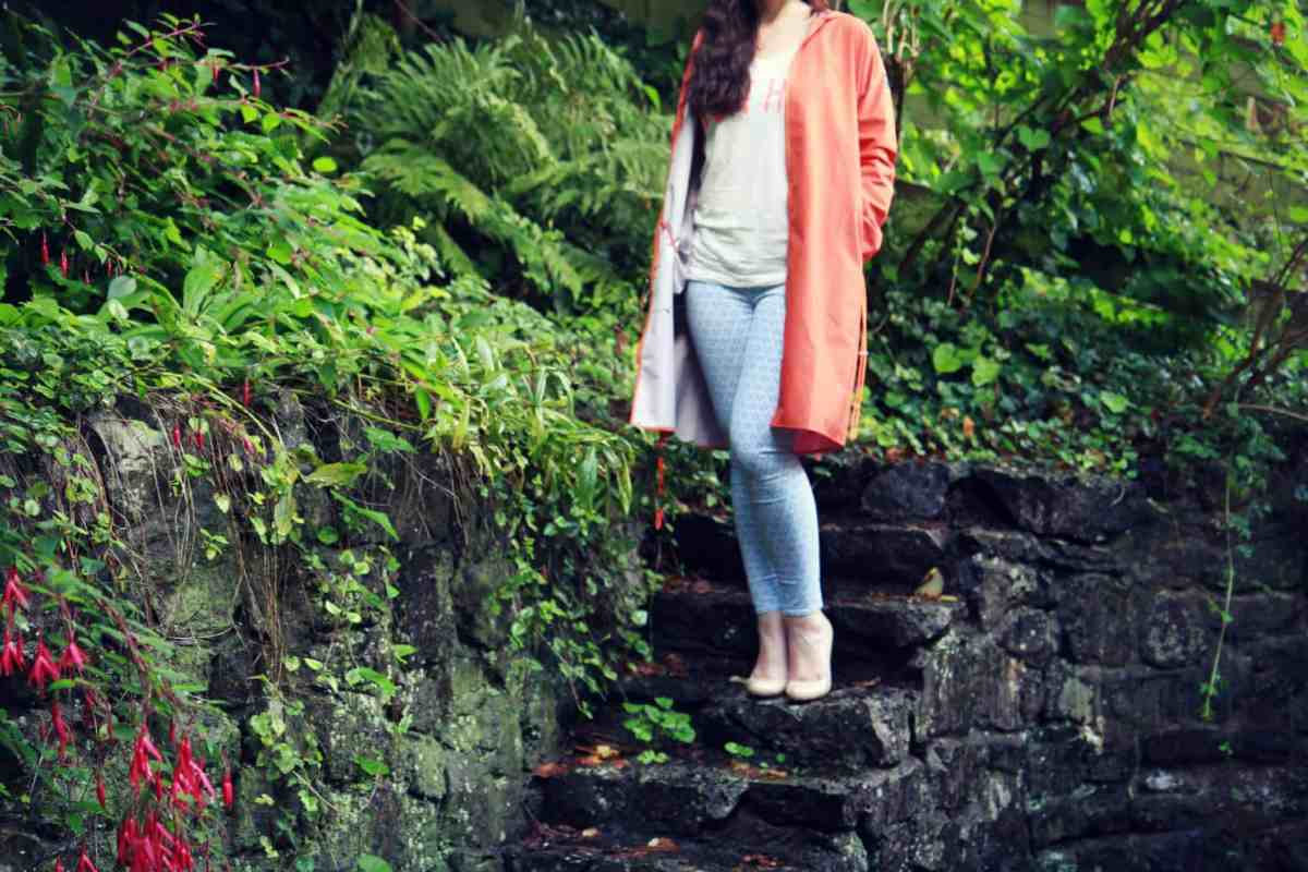 Vivid orange Jungon raincoat