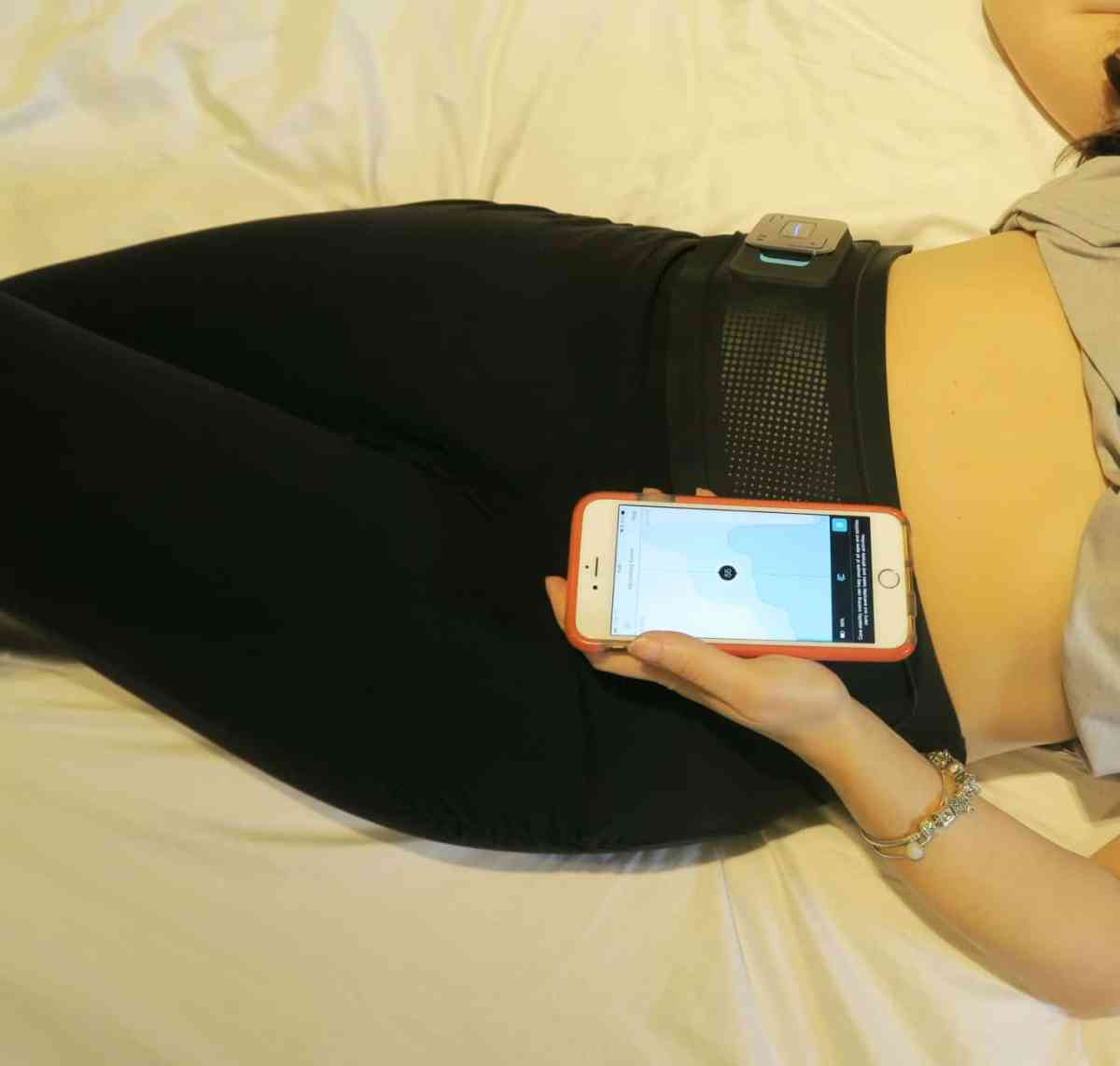 Mobile phone controlling the Slendertone connect