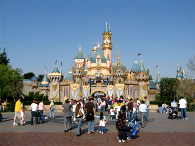 I have a dream or: Brazil is crazy for Disneyland