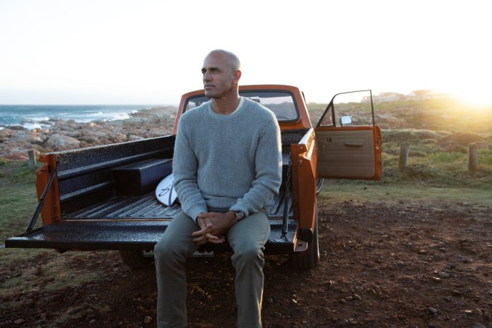 11 Breitling surfers squad member kelly slater wearing the 1