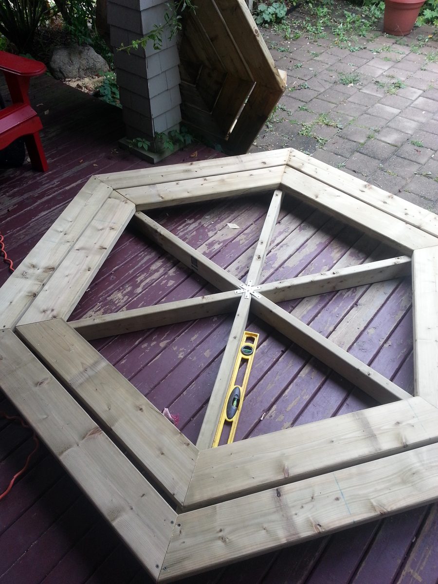 Ana White Hexagon Picnic Table DIY Projects
