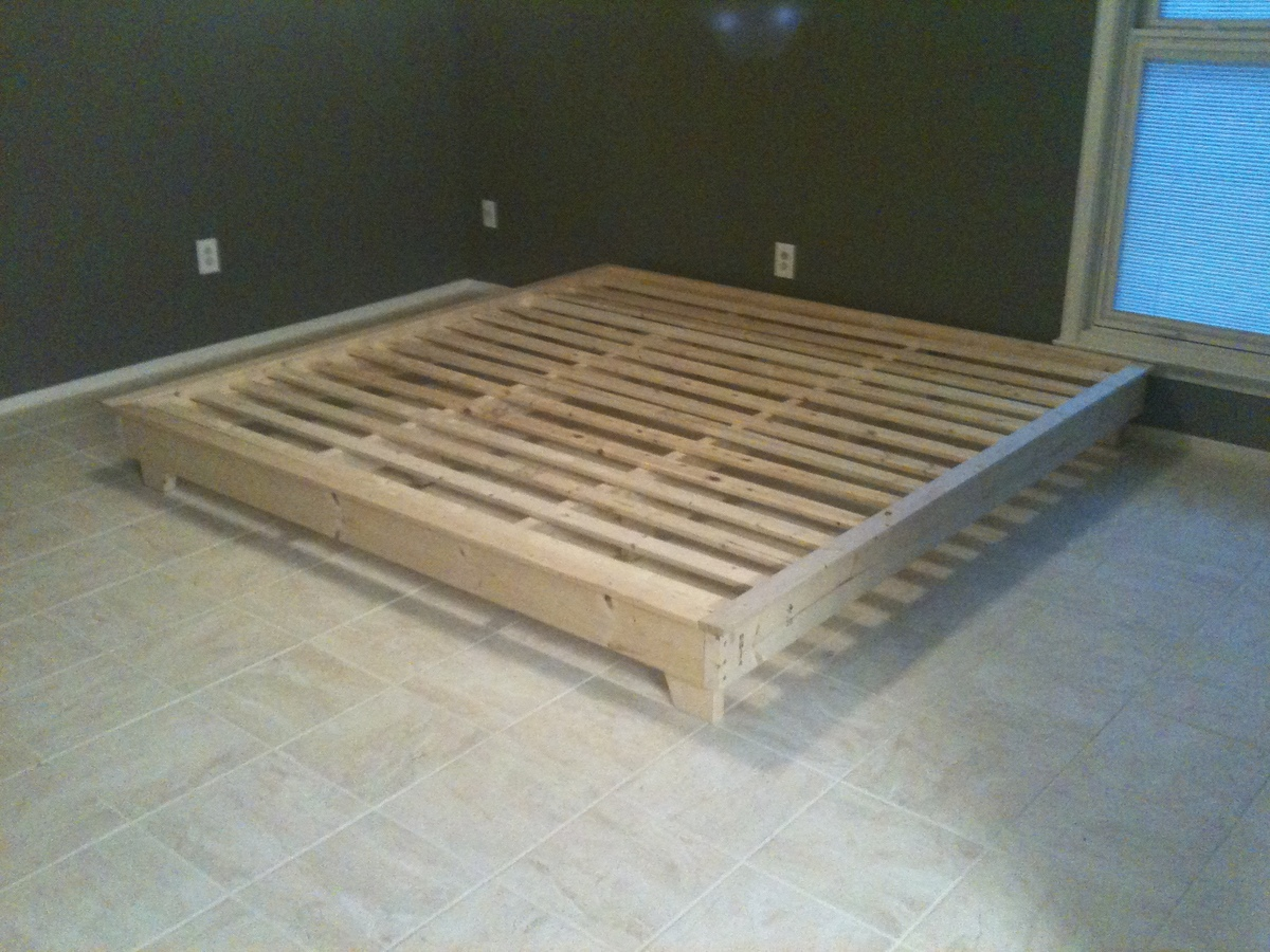 Ana White King Sized Hailey Platform Bed