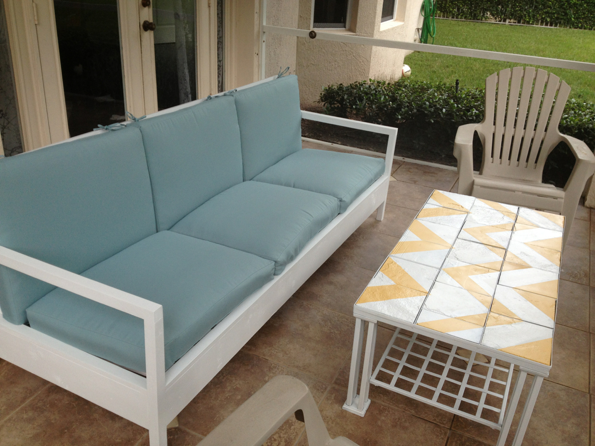 diy outdoor sofa table cost to recover a chesterfield ana white simple patio projects