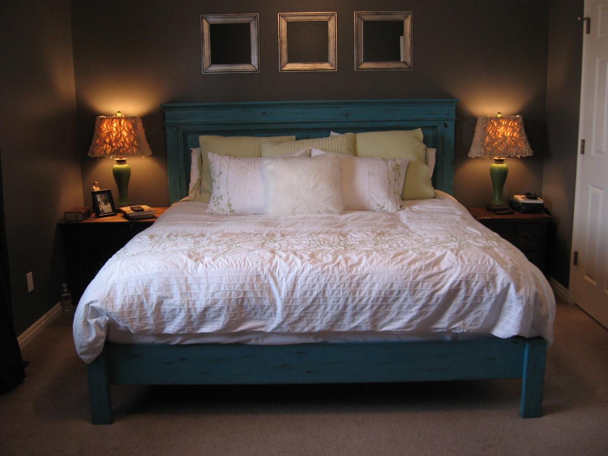 Ana White King Size Fancy Farmhouse Bed