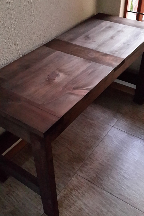 Ana White  Casual 2x4 sort of Desk  DIY Projects