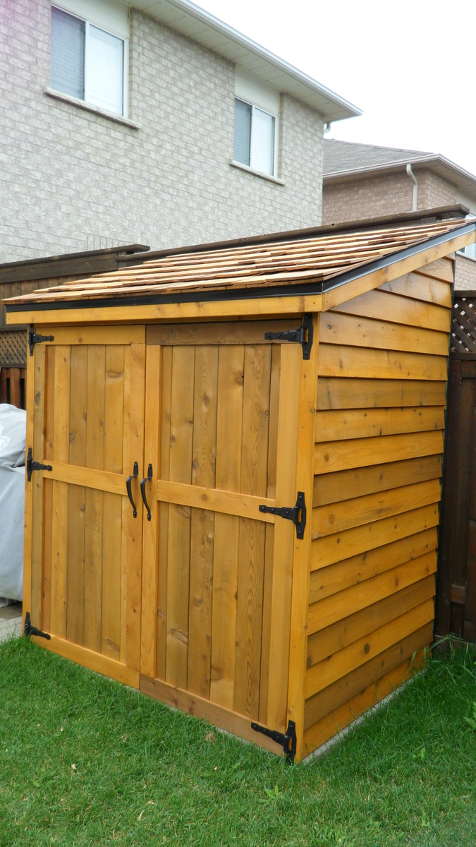 hight resolution of cedar shed