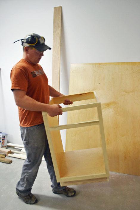 21 Base Cabinet DoorDrawer Combo Momplex White Kitchen