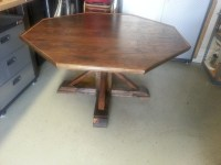 Octagon Kitchen Tables - Easy Craft Ideas