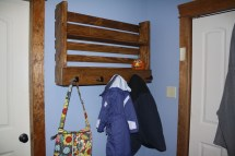 Ana White Pallet Style Shelf & Coat Rack - Diy Projects