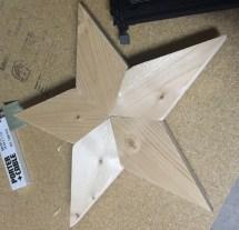 Pallet Wood Star - Easy Craft Ideas
