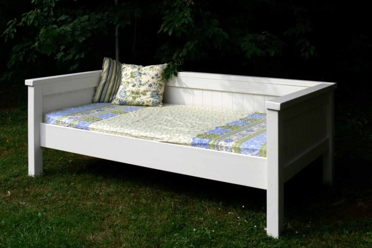 plans to build a sofa bed ashley furniture daybed do it yourself