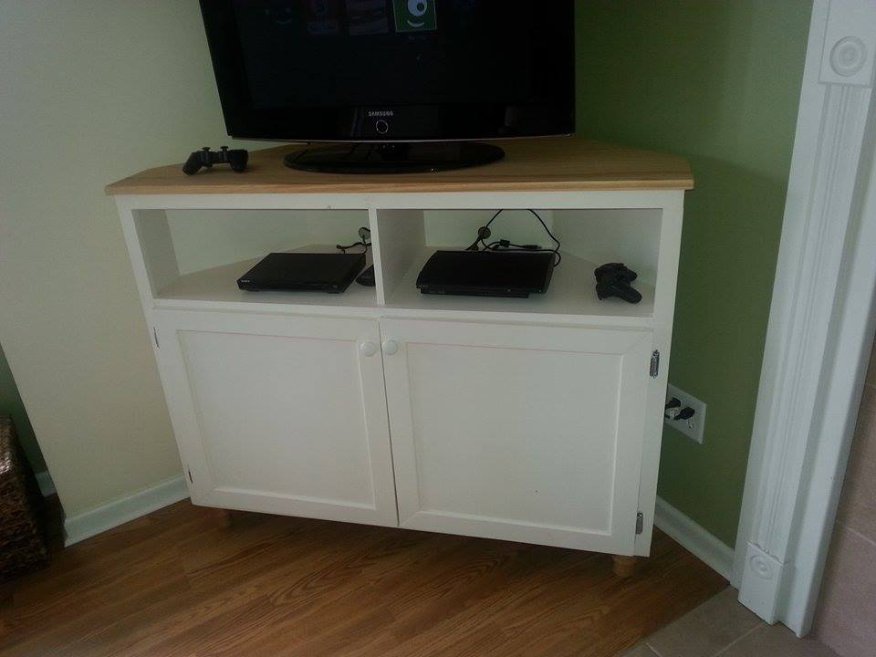 Ana White Corner TV Stand DIY Projects