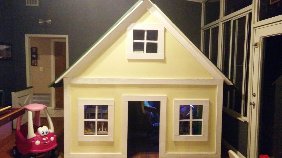 Ana White  Alexandras Indoor Playhouse  DIY Projects