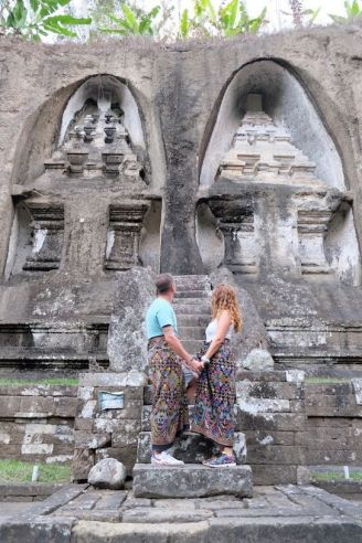 Sarong en Templo Gunung Kawi