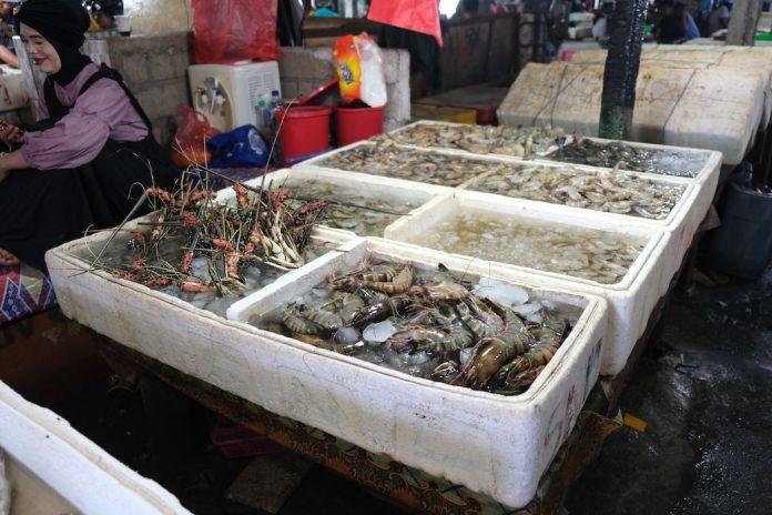 Cajas en mercado