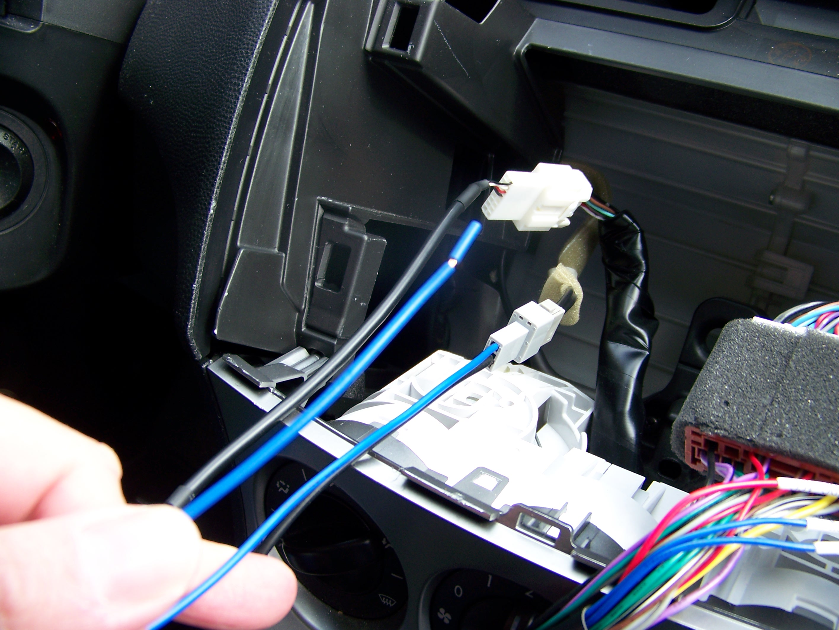 Mazda 3 Aftermarket Stereo Furthermore Radio Wiring Harness Diagram