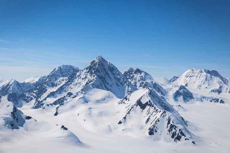 17.06.14-mjs-kluane-glacial-air-tours-7