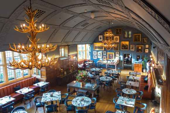Dining hall at the Lygon Arms
