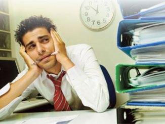 Overwhelmed loan officer