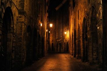Anagni Excelsa - Passeggiare tra i vicoli di notte