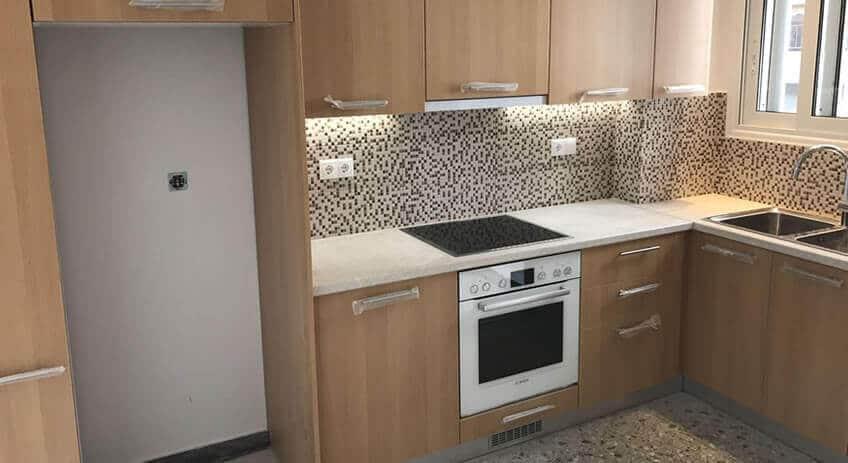 Ανακαίνιση Στην Κυψέλη Κουζίνα - Μπάνιο