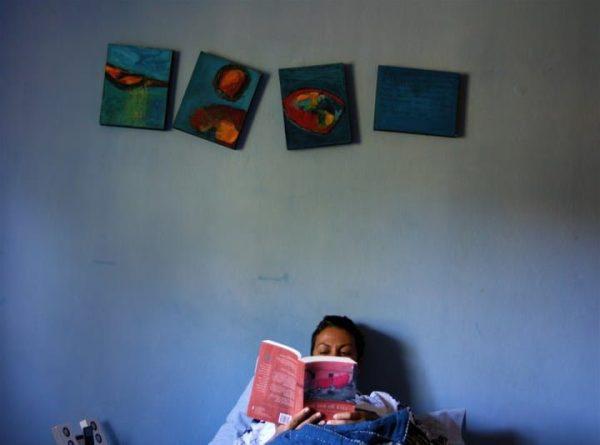 Baca buku sebelum tidur. (Sumber:)