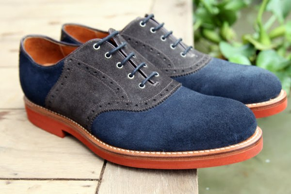 Casual Oxford. (Sumber:)
