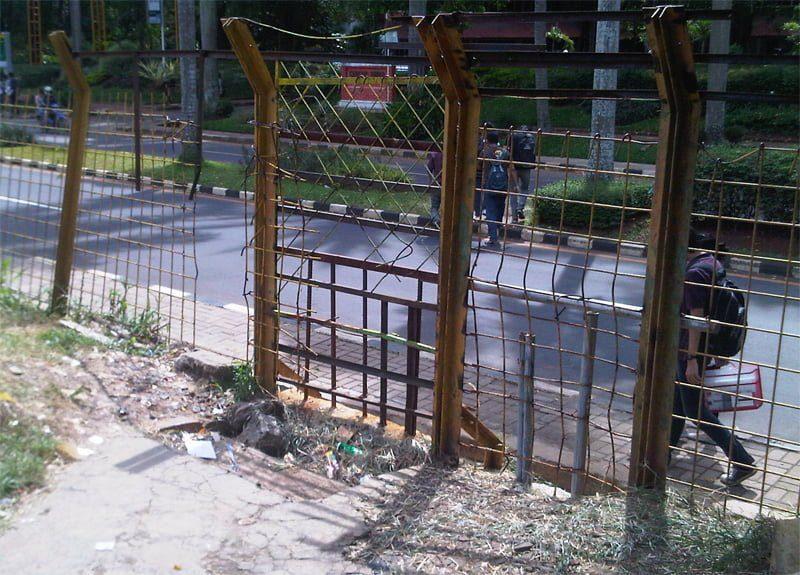 Inilah gerbang utama yang membuat kamu bisa nikmatin banyaknya kuliner di Barel via robincorba