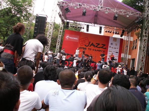 Acara tahunan festival musik jazz yang diselenggarakan oleh FEB UI via Youthmanual