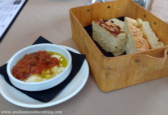 Novara_bread_basket