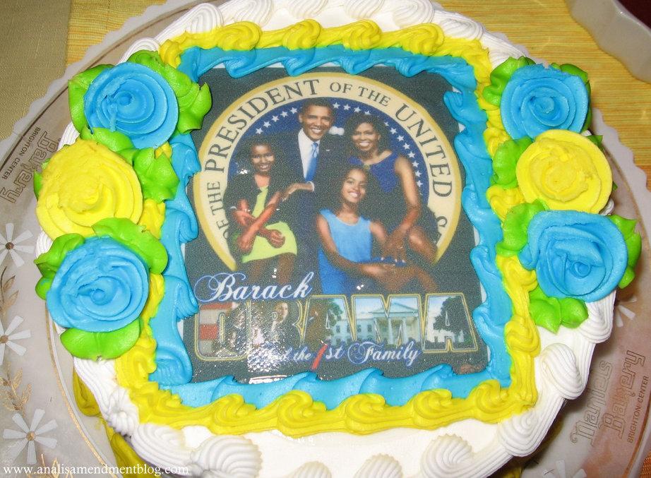 President_Obama_First_Family_cake