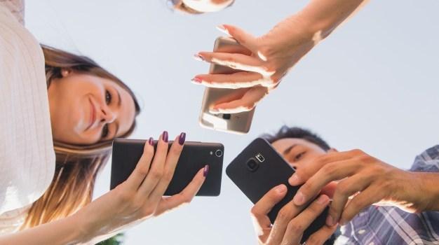 Smartphone  e os impactos na saúde mental