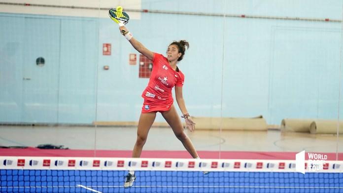 Bea González en los octavos de final del Estrella Damm Menorca Open 2020