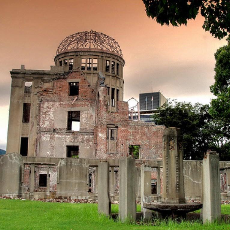 El Monumento a la Paz de Hiroshima, también conocido como la Cúpula de la Bomba Atómica