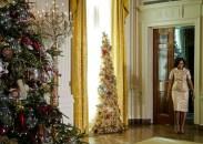 Michelle Obama y uno de los árboles navideños de la Casa Blanca, Navidad 2012