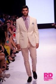 Giovanni Scutaro en la RD Fashion Week