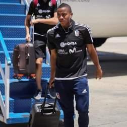 El portero del Caracas FC arribó al CNAR / Foto: Prensa FVF