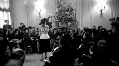 "Vestido ""Bar"" en desfile de Christian Dior/ Foto: rtve"