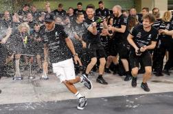 Escudería Mercedes 2017 F1 Hamilton Bottas (5)