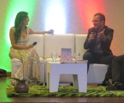 """Caterina Valentino conversó con Claudio Giunta en la presentación del libro """"Un domingo inagotable""""/ Foto: Albermary Aponte"""