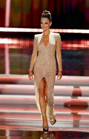 Demi-Leigh Nel-Peters, representante de Sudáfrica, se corona como Miss Universo