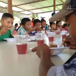 Niños alimentados por le Programa Alimenta la Solidaridad Foto: Prensa Capriles
