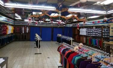 Tiendas vacías o cerradas, poca variedad y hasta poco personal es lo que se ve en el comercio merideño