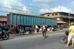 Cuatro muertos dejan protestas por comida y saqueos en municipios del norte de Mérida