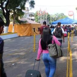 11-2-18 Pase Fronterizo Colombia-venezuela y carpa Proteccion civil Fotos: José Ramírez