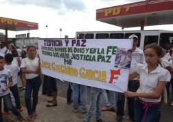 El pueblo de Arapuey, al norte del estado Mérida, exigieron justicia por sus familiares muertos y heridos en manifestaciones por comida 5