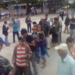 Jovenes celebran dia de la juventud repartiendo comida en Tachira 2