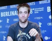"""Robert Pattinson es el anti-cowboy en el Western """"Damsel"""" en la 68° Berlinale Foto: Martha Escalona Zerpa"""